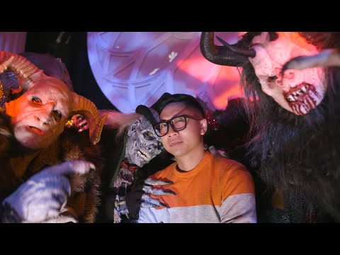 """Travel: Inside """"A Haunted Holiday"""" at Netherworld Haunted House – Travel Channel"""