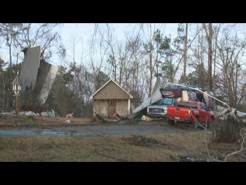 AP: Damage in Mississippi from apparent tornadoes