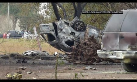 AP: Small plane crashes in Louisiana, five dead